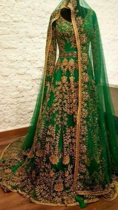 The color green on this lehenga is to die for. The color green on this lehenga is to die for. Indian Bridal Outfits, Indian Bridal Lehenga, Indian Bridal Wear, Pakistani Wedding Dresses, Pakistani Outfits, Indian Dresses, Anarkali Bridal, Anarkali Lehenga, Lehenga Wedding Bridal