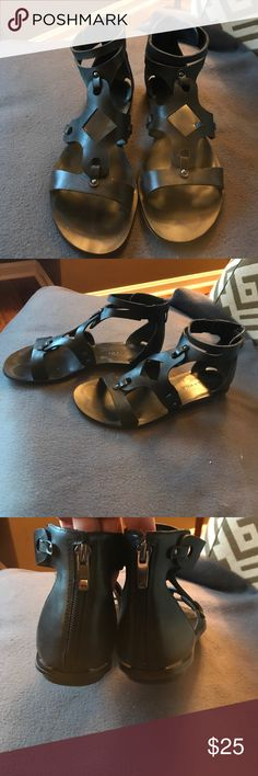 Kendall + Kylie Sandals Kendall + Kylie Sandals - all black sturdy leather in EUC. These are so fun. Go with every thing. Jeans skirts dresses and more!! Kendall & Kylie Shoes Sandals