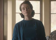 A young Queen Elizabeth, played by Claire Foy, looks distressed as she laments: 'The rumours still haven't gone away' The Crown Elizabeth, Young Queen Elizabeth, Clare Foy, Best Series On Netflix, Most Beautiful Women, Beautiful People, Crown Tv, The Crown Series, Crown Netflix