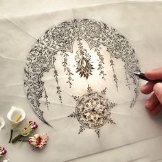 Pinterest: @ chocolate Mandala Art, Mandala Drawing, Islamic Art Pattern, Pattern Art, Tattoos Mandalas, Motif Oriental, Illumination Art, Turkish Art, Turkish Tiles