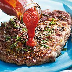 Pfefferige Rib-Eye-Steaks vom Grill Rezept | Küchengötter