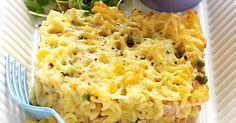 Tuna, pea and corn pasta bake Baked Pasta Recipes, Tuna Recipes, Lunch Box Recipes, Salmon Recipes, Baking Recipes, Healthy Recipes, Lunchbox Ideas, Meal Recipes, Easter Recipes