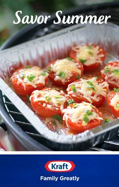 Enjoy a smart summer side dish with these Cheese-Topped Grilled Tomatoes. Tomatoes are halved, grilled, drizzled with zesty Italian dressing and topped with melty Kraft Shredded mozzarella, Parmesan and a sprinkle of your favorite fresh herbs Grilling Recipes, Diet Recipes, Vegetarian Recipes, Cooking Recipes, Healthy Recipes, Cooking Food, Grilled Tomatoes, Grilled Veggies, Stuffed Tomatoes