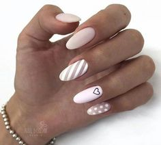 Semi-permanent varnish, false nails, patches: which manicure to choose? - My Nails Stylish Nails, Trendy Nails, Perfect Nails, Gorgeous Nails, Cute Acrylic Nails, Cute Nails, Nails Ideias, Nail Manicure, Nail Polish