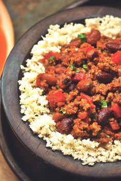 Get inspired and try this delicious and healthier Vegetarian Chili with Cauliflower Rice Recipe, using Quorn Grounds. Enjoy meatless alternatives with Quorn