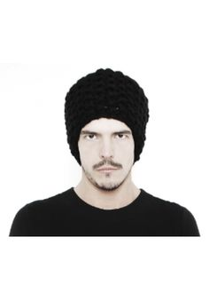 "DAVID ROAD "" HAND KNITTED WOOL BEANIE"" 100% WOOL : 130 € -20% >> 104 €"