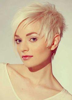 Best Short Blonde Haircuts-3