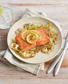 Cook up a quick weeknight dinner with our Oven-Roasted Salmon and Fennel recipe. Healthy Recipes For Weight Loss, Healthy Salad Recipes, Healthy Foods To Eat, Whole Food Recipes, Fennel Recipes, Oven Roasted Salmon, Roasted Fennel, Healthy Oatmeal Breakfast, Salmon