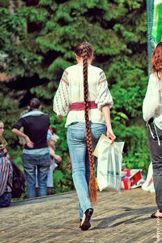 Ukrainian Rapunzel with floor length braid. Long Red Hair, Super Long Hair, Long Hair Community, Long Brunette, Hair Romance, Rapunzel Hair, Hair Heaven, Fantasy Hair, Cut My Hair