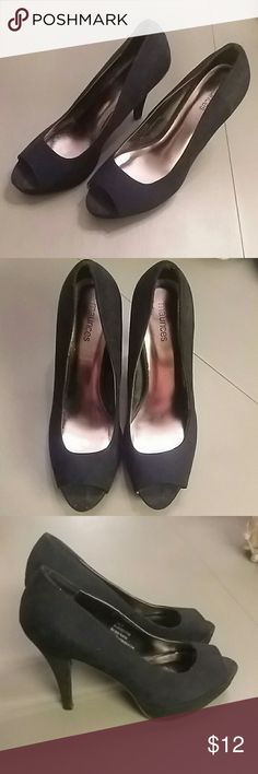 CLOSET CLEAR OUT SALE! Super cute. only wore them once or twice . Maurices Shoes Heels