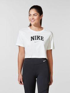 Nike Shirt, School Shopping, Crop Tee, Nike Sportswear, Workout Shirts, Nike Women, Shirt Designs, Underwear, Style Inspiration