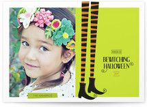 Great Scrapbooking idea for pictures of our children in their costumes.