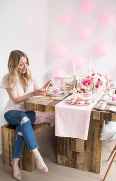 A Galentine\'s Day Party | The Blondielocks