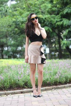 Leah♥穿搭:Crop Top和荷葉邊裙的小性感歐美穿搭 - Leah紐約時尚生活日誌 - FashionGuide華人第一女性時尚美妝傳媒