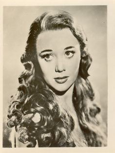 "Glynis Johns, 1948 in the movie, ""Miranda"" Old Hollywood Stars, Hooray For Hollywood, Golden Age Of Hollywood, Famous Women, Famous People, Glynis Johns, Marcel Waves, 40s Hairstyles, Celebrities Then And Now"