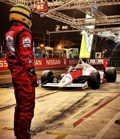 Arton and his McLaren. F1 Racing, Drag Racing, Ferrari Racing, Formula 1, Grand Prix, F1 Motorsport, Aryton Senna, Dodge Charger Daytona, Karting