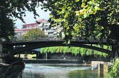 Αποτέλεσμα εικόνας για τρικαλα βαρουσι Garden Bridge, Outdoor Structures, Mansions, House Styles, Decor, Decoration, Manor Houses, Villas, Mansion