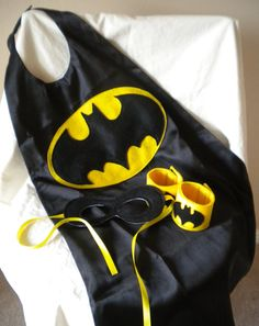 Batman Super Hero SUPER SET Costume Cape Mask by theblackscottie1, $30.00
