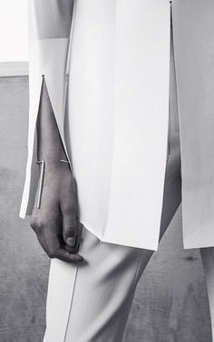 The finer details Minimal Chic, Minimal Fashion, White Fashion, Tony Bennett, Style Outfits, Fashion Details, Fashion Design, Upstate New York, Dion Lee