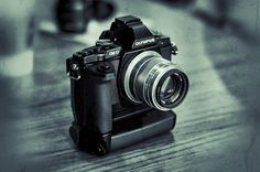 Why I think the Olympus OM-D, is making so many waves. Photography Cheat Sheets, Photography Gear, Image Photography, Street Photography, Camera Watch, Camera Gear, Film Camera, Photographic Film, Photo Lens