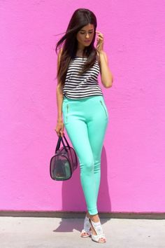 Walk in White #Heels Love the color of those pants!