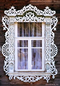 Located in Tver, Russia, folk art gingerbread trim Wooden Architecture, Russian Architecture, Beautiful Architecture, Architecture Details, Stairs Architecture, Wooden Windows, Old Windows, Windows And Doors, Russian Folk Art