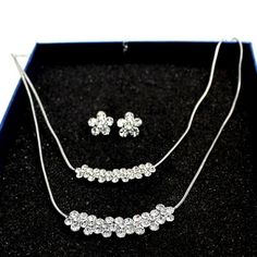 Trendy New Round Crystal Flower with Gifts Box Earring Necklace Set NS1728C