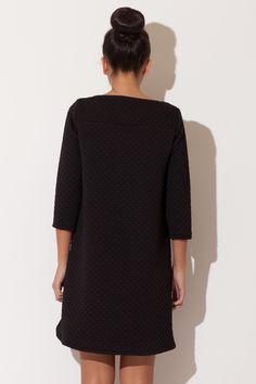 Asymetryczna sukienka pikowana czarna