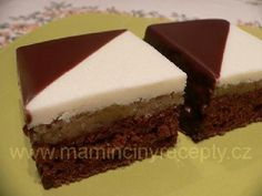 Dvoubarevné kostky – Maminčiny recepty My Favorite Food, Favorite Recipes, My Favorite Things, Sweet Life, Dessert Recipes, Food And Drink, Cooking Recipes, Baking, Drinks