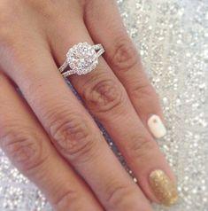 TACORI engagement ring \/