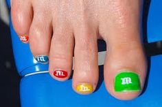 more cute toe nails: M, flags, lady bugs, etc