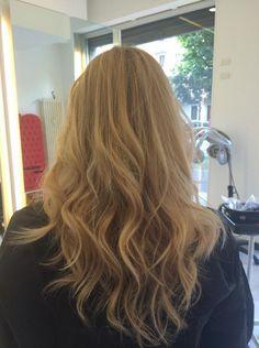Waves in the hair by Anjoy Milano, Via Sardegna 35, Milano