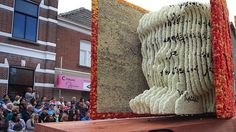 Nagenieten van het Bloemencorso in Zundert http://brabantn.ws/0z7 #bloemencorso #zundert #bloemen
