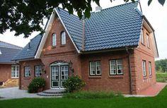 Das Haus 1 - Friesenhaus von kruse-haus GmbH hat eine Wohnfläche von 130m². Preis ab: auf Anfrage. Jetzt auf Massivhaus.de ansehen.