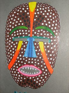 Looking for a African Tribal Masks For Kids. We have African Tribal Masks For Kids and the other about Emperor Kids it free. Crafts For Teens, Arts And Crafts, Native American Masks, Tilda Toy, African Crafts, Art Africain, Africa Art, African Tribes, Kindergarten Art