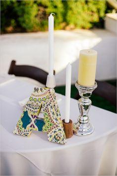 modpodge monogram at the sweetheart table #sweethearttable #diymonogram #weddingchicks http://www.weddingchicks.com/2014/03/17/shabby-chic-winery-wedding/
