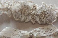 Beeds and Pearls Wedding Garters