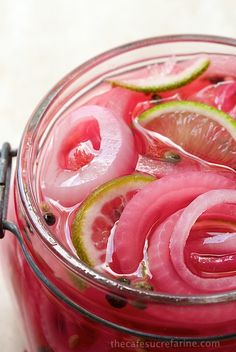 Pickled Red most beautiful delicious condiment Adds a gourmet touch to sandwiches salads burgers also Mexican Asian and Middle Eastern dishes Pickled Red Onions, Pickled Radishes, Canning Recipes, Canning Tips, Mexican Food Recipes, Dishes Recipes, Cabbage Recipes, Tofu Recipes, Noodle Recipes