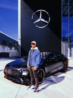 """""""Out here at HQ with this beast 🔥🔥🔥 AMG GT 4 door coupe"""" F1 Lewis Hamilton, Lewis Hamilton Formula 1, Mercedes Benz Models, Mercedes Amg, Hamilton Wallpaper, Car Poses, Gp F1, Daimler Benz, Michael Bay"""