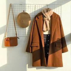 dia Bonnie Source by larakustrowa outfits bajitas Clothing Photography, Fashion Photography, Korean Outfits, Cute Casual Outfits, Fashion Outfits, Womens Fashion, Aesthetic Clothes, Korean Fashion, Style Inspiration