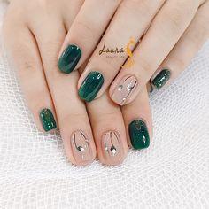 New Classy Nails Gel Simple 27 Ideas Classy Nail Designs, Beautiful Nail Designs, Beautiful Nail Art, Gorgeous Nails, Pretty Nails, Classy Acrylic Nails, Classy Nails, Stylish Nails, Simple Nails