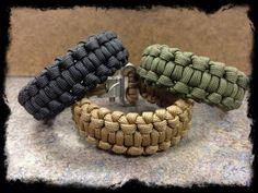 Paracord quick deploy backbone bar bracelet by TacticalBlackRDS