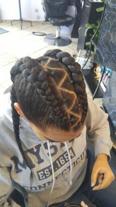 trenzas cabello chino curly hair look ideas baid African Hairstyles, Trendy Hairstyles, Braided Hairstyles, Flower Hairstyles, Curly Hair Styles, Natural Hair Styles, Baby Girl Hair, Braids For Kids, Toddler Hair