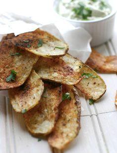 Taco Baked Potato Chips with Creamy Avocado Dip - hors devours recipes (meatballs, cornbread cupcakes, cheez-its…)