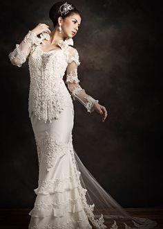 Habaya kebaya Kebaya Dress, Blouse Dress, Indonesian Kebaya, Modern Kebaya, Kebaya Wedding, White Wedding Dresses, Traditional Dresses, Asian Fashion, Wedding Inspiration