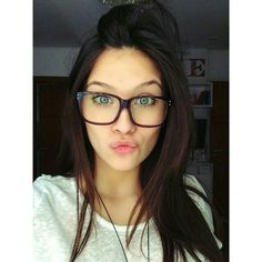 107 Best . quatro olhos images   Eyewear, Girls with glasses ... 39203cacc4
