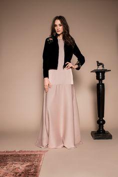 Salon jacket velvet by Celeni Black Velvet, Lace Skirt, Salons, Skirts, Sleeves, Jackets, Dresses, Fashion, Vestidos