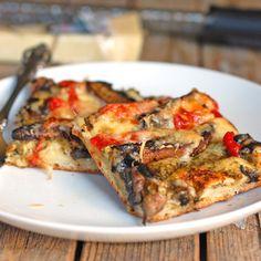 A Pinch of Yum (Portobello, Red Pepper & Pesto Pizza)