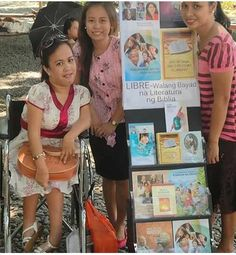Sisters public witnessing in a park in the Philippines.