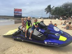Kids are ready to tow @joelparko into his round 5 heat thisafternoon at the Quicksilver Pro Snapper Rocks!! Go Parko!! #newwaterpatrolteam #quickypro #snapperrocks #worldsurfleague #wsl #waggedschooltosurf #yeeewww #surf #surfing #groms #quiksilverprogoldcoast #quicksilverpro2016 by blondenomads